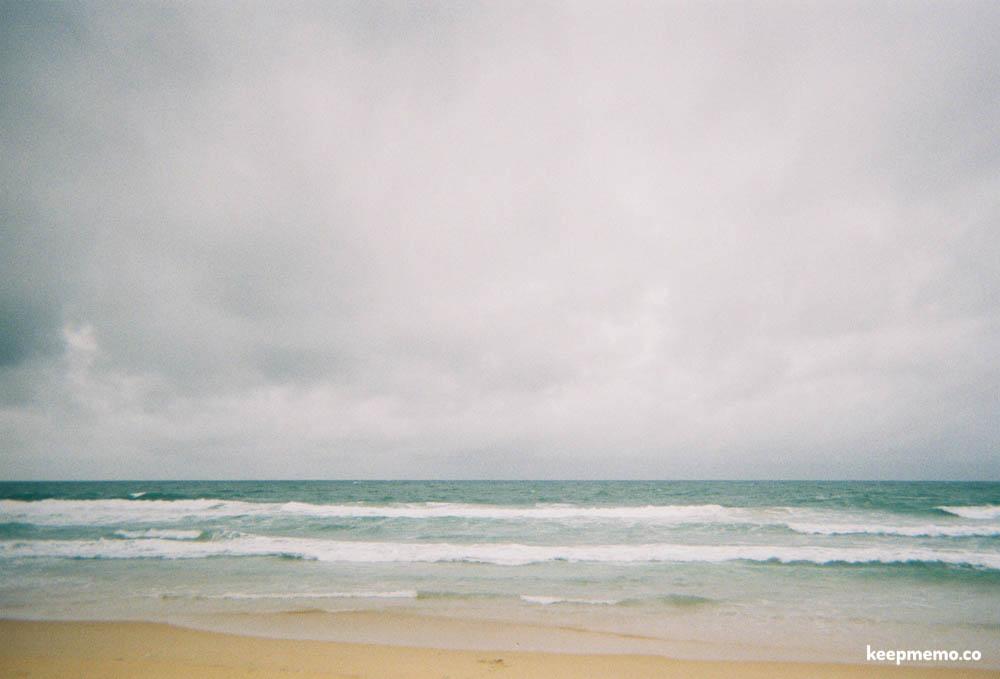 มาเที่ยวทะเล เพราะ คลืนบอกให้เรา สู้ๆ